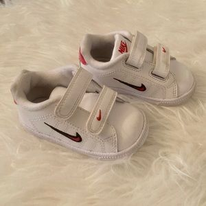 Nike Velcro Toddler Shoes - size 4C